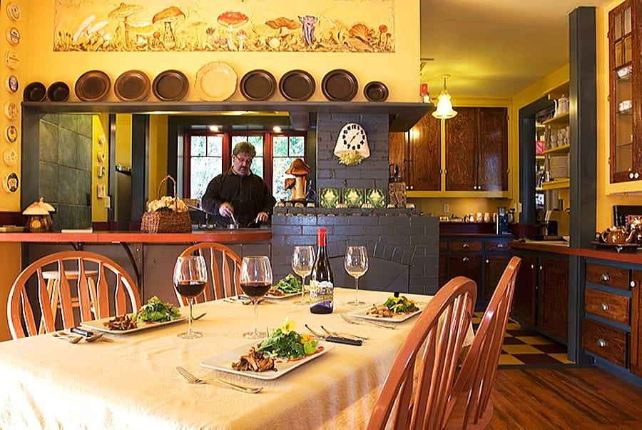 deerholme restaurant vancouver island