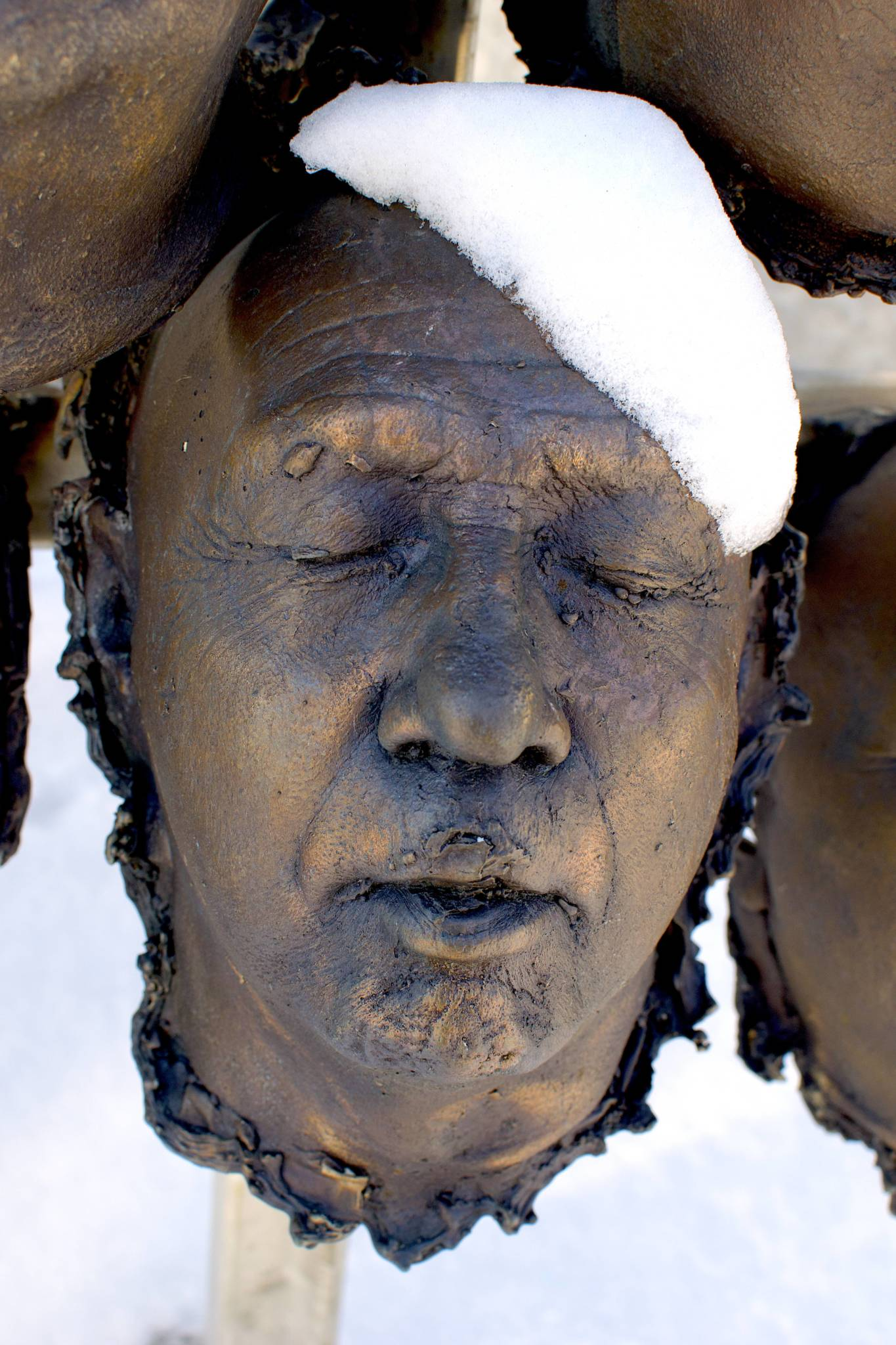 100 Bronze-cast Faces to Commemorate the Centenary of Armistice 5